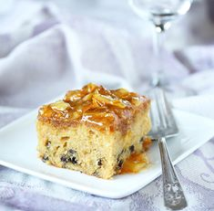 Post image for Orange Marmalade Cake with Currants http://cookandbemerry.com/orange-marmalade-cake-with-currants/