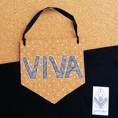 Viva!!! Bandeirola de Cortiça - Decoração - Decor - Artesanato - Design