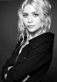 """""""The way I see it, you have to take every chance you get because there may not be another one. You have to learn from your mistakes because nobody's perfect. You have to laugh, love, and live every day as if it's your last."""" {Mary-Kate Olsen}"""