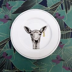 1000 id es sur assiette murale sur pinterest corniches - Accroche assiette mural ...