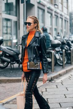 Street Style Pictures From Milan Fashion Week Fall 2017 | POPSUGAR Fashion Australia