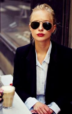 1f6873e0709c Stylish Alisa  PARISIAN STREET STYLE French Style Hair