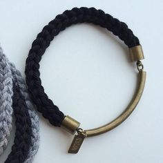 Arco Bracelet (More Colors)