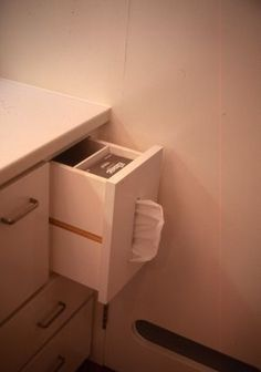 Built in tissue compartment in vanity drawer. Laundry In Bathroom, Home Hacks, Kitchen Organization, Organized Kitchen, My New Room, Home Renovation, Home Interior Design, Furniture Design, Home Improvement
