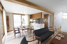 【interview】 LOHAS studio×KOMA/オリジナル家具誕生4年目を迎えて|LOHASCLUB