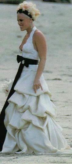 25 Most Expensive Celebrity Wedding Dresses | Pinterest | Celebrity ...