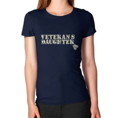 Love veterans daughter Women's T-Shirt