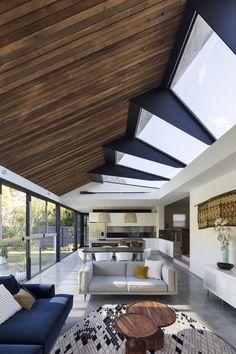 ROSEBRIDGE HOUSE by Nick Bell Architects