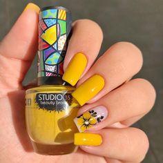 Pink Holographic Nails, Beautiful Nail Polish, Luxury Nails, Nail Art, Great Nails, Nail Inspo, Manicure And Pedicure, Hair And Nails, Acrylic Nails