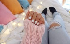 cute cat nails_fashion and beauty Tumblr Quality, Hipster Hairstyles, Eos Lip Balm, Abercrombie Girls, Cat Nails, Tumblr Fashion, Instagram Girls, Favim, Tumblr Girls