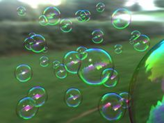 Some great bubble activities for the classroom.  Things I never thought to do with bubbles!  Fun!