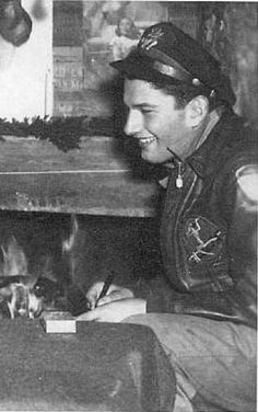 USAAF_Lt. Joseph Heller- author of Catch-22