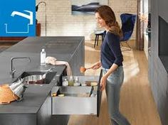 male kuchyne inspiracie – Vyhľadávanie Google Under Cabinet Drawers, Pull Out Drawers, Kitchen Drawers, Kitchen Cabinets, Silverware Drawer Organizer, Kitchen Drawer Organization, Kitchen Storage, Kitchen Furniture, Kitchen Decor