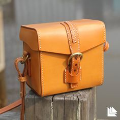Vegetable Tanned Leatherr Messenger Shoulder Bag for by LeLeons