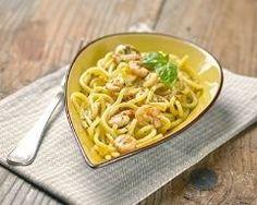 Spaghettis courts aux crevettes, citron et curry