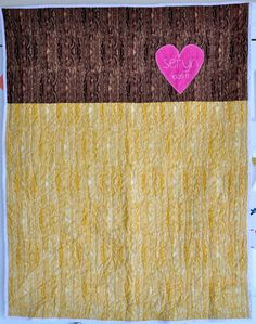 wood grain quilt {with heart}