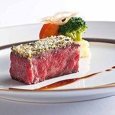 Lazy Owl Image Restaurant Recipes, Food Design, Fine Dining, Meatloaf, Steak, Food Porn, Toast, Menu, Dishes