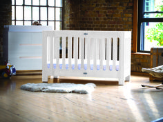 Alma Max Folding Crib and Spring Crib Mattress from bloom and $250 Shopping spree to Modern Nursery. Ends 7.4.14