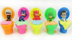 PJ Masks Owlette Gekko Catboy also called Les Pyjamasques Pidżamersi Малките Пиджи Маски. Watch Disney PJ Masks HEADQUARTERS Playset with Catboy Gekko Owlette against Night Ninjas and Luna Girl Attack for preschool children. Connor becomes Catboy a blue-eyed boy with blue costume. He drives his Cat Car has super-hearing Cat Ears and Super Cat Jump. Amaya becomes Owlette a red-eyed girl wears a red costume glasses and see in the dark using Super Owl Eyes fly using Super Owl Wings. Greg…