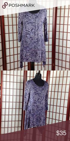 Dunia Brand Long Purple Leaf print Blouse This is a great comfortable blouse/tunic. I got it to wear with leggings and a belt never wore it. So this beautiful blouse is brand-new without tags's. It's looking for a good home!!! Dunia Tops Blouses