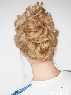 Hair Romance - 30 Curly Hairstyles in 30 Days - Day 4 - the triple bun Work Hairstyles, Quick Hairstyles, Braided Hairstyles, Braided Updo, Hair Questions, Wedding Hairstyles Tutorial, Hairstyle Tutorials, Curly Hair Styles, Natural Hair Styles