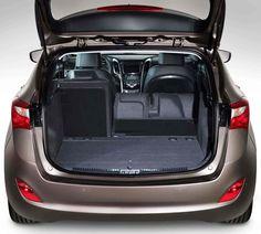 WNĘTRZE  Wsiądź do i30 wagon, aby poczuć się komfortowo i korzystać z szeregu innowacyjnych technologii zwiększających wygodę i odkryć aż do 1642 l przestrzeni bagażowej. Vehicles, Car, Automobile, Autos, Cars, Vehicle, Tools