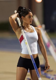 Allison Stokke - what motivation to get in shape!