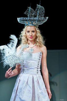 www.cz www.cz www. Swarovski, Crown, How To Make, Fashion, Corona, Moda, La Mode, Fasion, Fashion Models