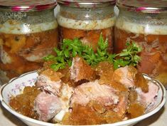 рецепт домашней тушенки Canning Recipes, Kitchen Hacks, Pot Roast, Celery, Pickles, Banana Bread, Food To Make, Grilling, Pork