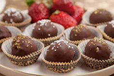 A few delicious ingredients come together to make these tiramisu truffles. Put out a tray on New Years Eve before that champagne toast and you will feel that you are living the good life! Read More