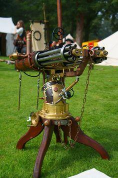 Steampunk gatling gun by Frederik82 / 亗 Dr. Emporio Efikz 亗   -wonder how long that took-