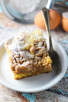 NY Crumb Cake - A ratio of 1/2 crumbs to 1/2 cake makes this recipe EXTRA special! platingsandpairings.com