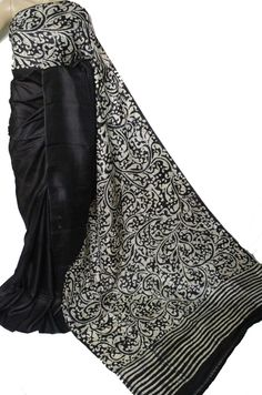 Shop online for Black Hand Batik Murshidabad Silk Saree Cotton Saree Designs, Silk Cotton Sarees, Art Silk Sarees, Silk Saree Kanchipuram, Tussar Silk Saree, Chiffon Saree, Indian Beauty Saree, Indian Sarees, Black And White Saree