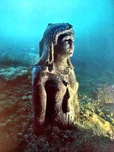 The Dark Queen from Thonis-Heraklion Sunken City, Research Images, Dark Queen, North Coast, Ancient Civilizations, Weird Facts, Amazing Architecture, Mount Rushmore, The Darkest