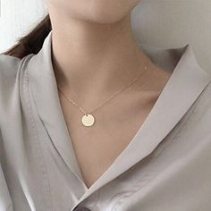 Cheap fashion necklace, Buy Quality necklace fashion directly from China necklace women Suppliers: Round Coin Pendant Necklaces Women Chain Collares Fashion Jewelry OL Bijoux ras de cou High Quality 2017 Coin Pendant Necklace, Dainty Gold Necklace, Beaded Necklace, Necklace Hanger, Necklace Chain, Colar Fashion, Fashion Necklace, Fashion Jewelry, Fashion Fashion