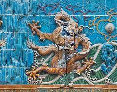 Liu Bolin and the chinese dragon