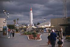 Disneyland - Atomic Tomorrowland