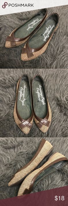American Eagle Herringbone Print Flats EUC with barely any wear. Pointy flats, Herringbone Print. Faux leather detail. American Eagle Outfitters Shoes Flats & Loafers