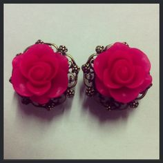 Hot Pink Filigree Ear Plugs
