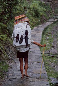 Step by Step, Nepal | Steve McCurry