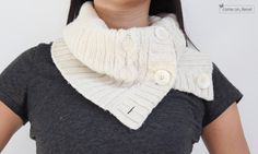 Cowl Scarf from OldSweater  [how to]