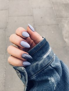 68 stunning nails arts (acrylic, matte, stiletto, almond) for fall and winter 24 Almond Acrylic Nails, Best Acrylic Nails, Fall Almond Nails, Stylish Nails, Trendy Nails, Hair And Nails, My Nails, Fall Nails, Glitter Nails