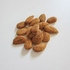They're delicious and they pack a powerful beautifying punch! Almond oil has been used for ages for its conditioning effect on both the hair and the skin. Rich in Vitamin E, it delivers a beautiful glow to the skin and helps it maintain its natural barrier function, too. Vitamin E, Conditioning, Beauty Care, Anti Aging, Punch, Almond, Glow, Oil, Cosmetics