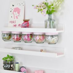 DIY Regal upcycling Ideen aus leeren Marmeladegläsern DIY upcycling ideas from jam jars for crafting by craftyneighboursc … Upcycled Crafts, Upcycled Home Decor, Diy Home Crafts, Craft Tables With Storage, Craft Storage, Wood Storage, Table Shelves, Ikea Storage, Furniture Storage