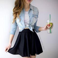 E para a segundona, caso sua escola não seja tão rígida na hora do uniforme escolar... Aposte nas saias básicas... são lindas e te deixam super charmosa   #voltaasaulas #segunda