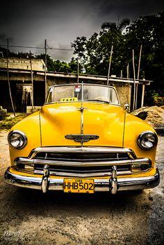 Yellow Cab. Cuba