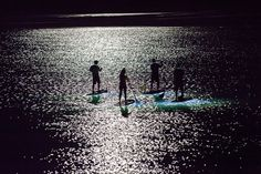 Beautifully Surreal Photos of Stand Up Paddle Boarding at Night - My Modern Metropolis