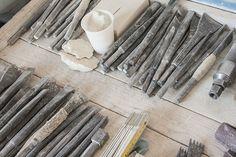 Craftmen's Tools || Craftsmen's hands define the details of the work with chisel and rasps || La mano dell'artigiano rimane insostituibile per definire i dettagli dell'opera con scalpello e raspe