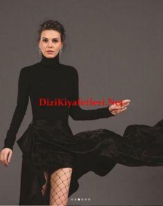 Asli Enverin Mediacat cekimlerinde giydigi siyah etek-kazak-corap
