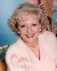 Dazzling Divas: Betty White NUDE!